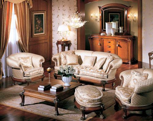 В гостиную обязательно нужны диван и пара кресел
